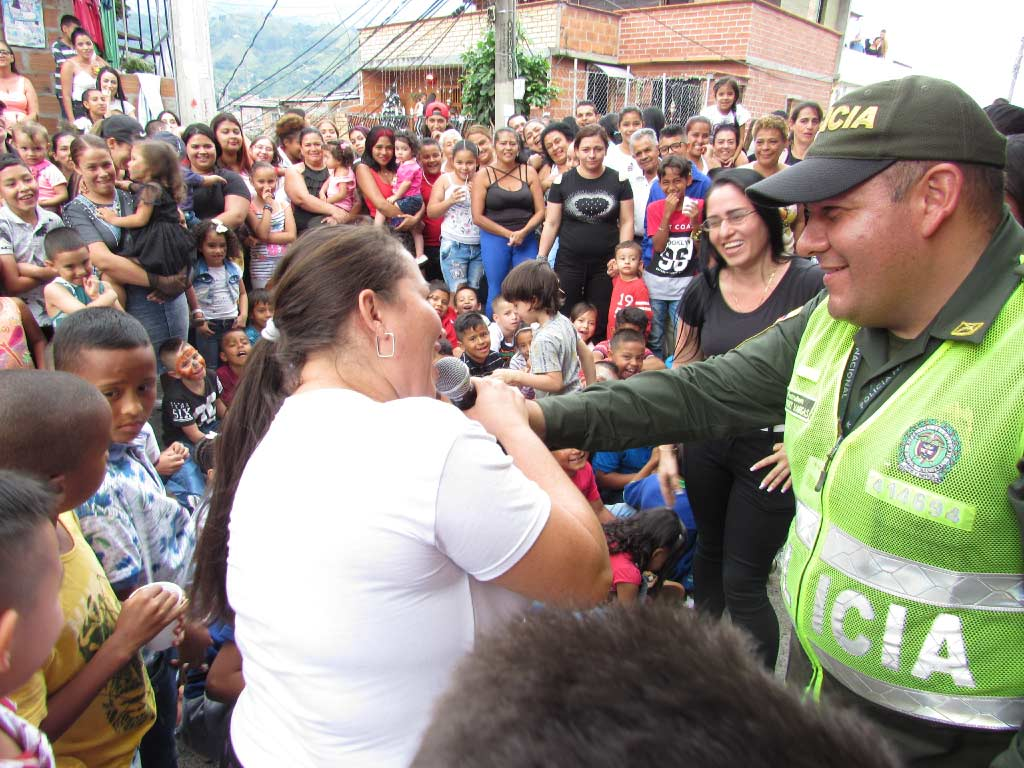 national police with the community in san javier comuna 13